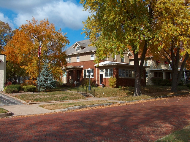 House in Fall 012